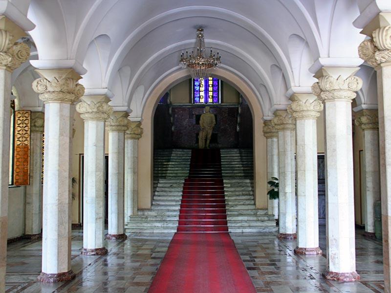 Холл музея Сталина