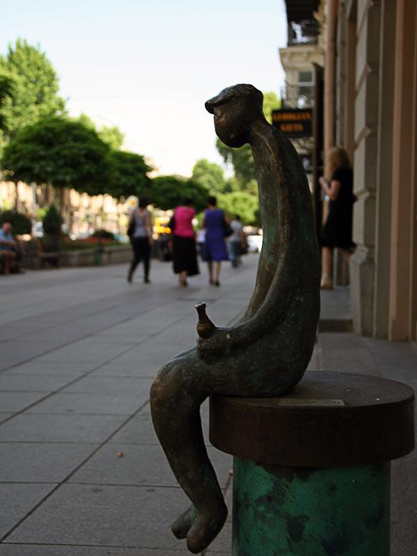 Скульптура в Тбилиси