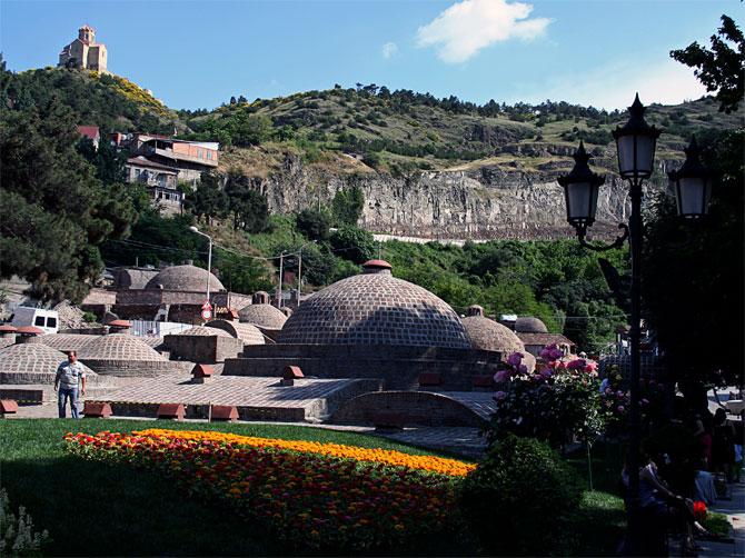 Вид на тбилисские бани