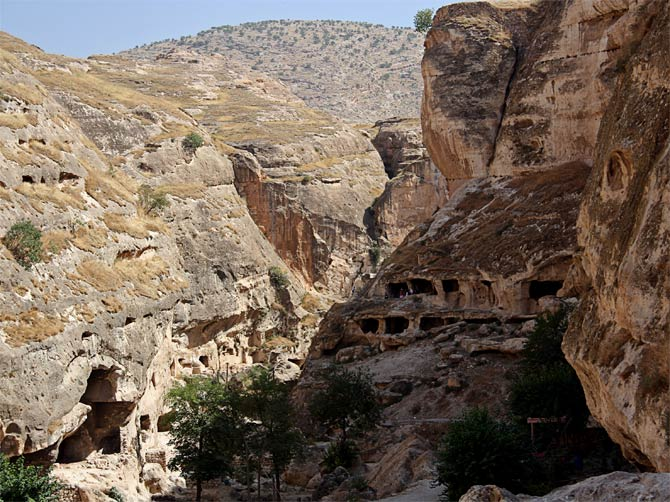 Пещеры в Хасанкейфе