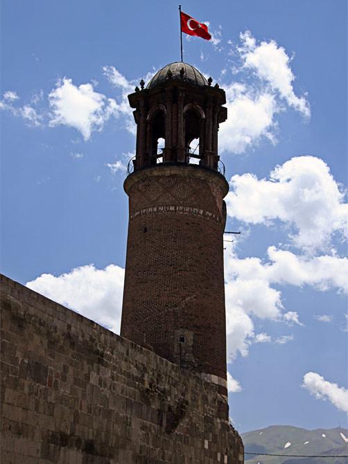 Башня эрзерумской крепости