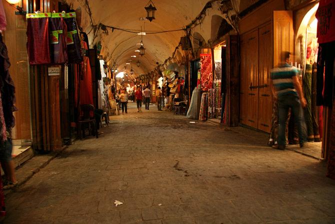 Торговая улица в Алеппо