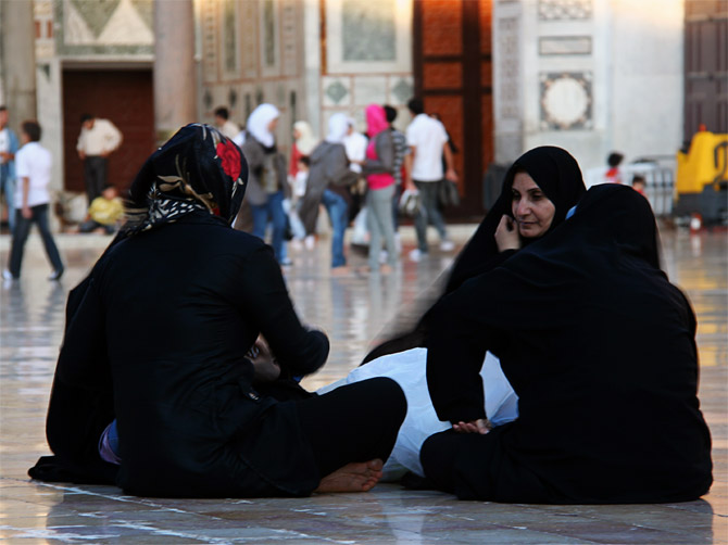 Три девицы под минаретом