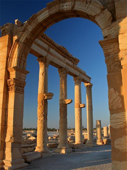 Арка с колоннами в Пальмире