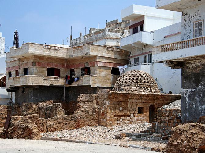 Сирия, Арвад - жилые дома на руинах
