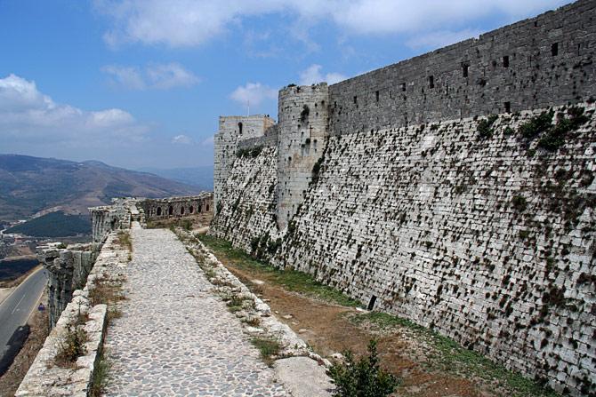 Крак де Шевалье - крепостная стена