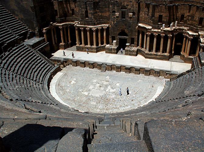 Римский амфитеатр в Босре, Сирия
