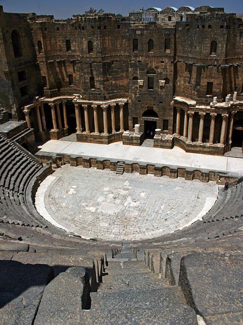 Амфитеатр - римское наследие города Босра, Сирия