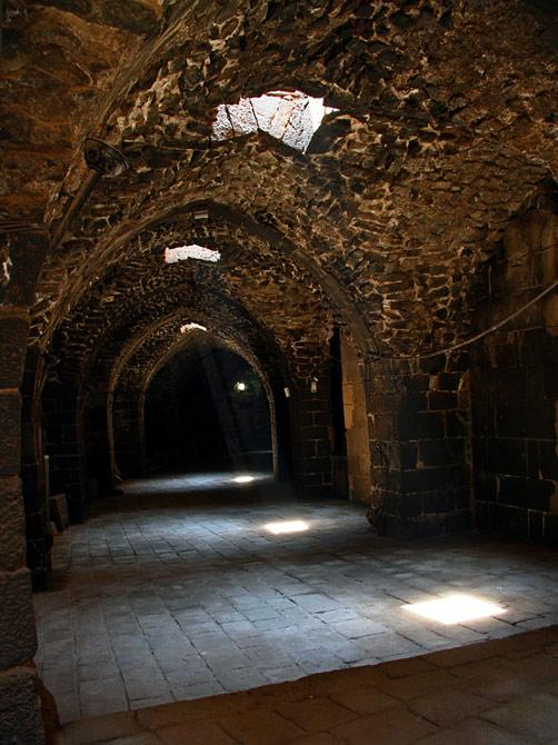 Переход в крепости Босры, Сирия