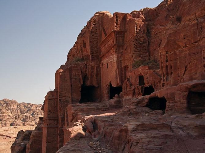 Руины древних гробниц, Петра, Иордания