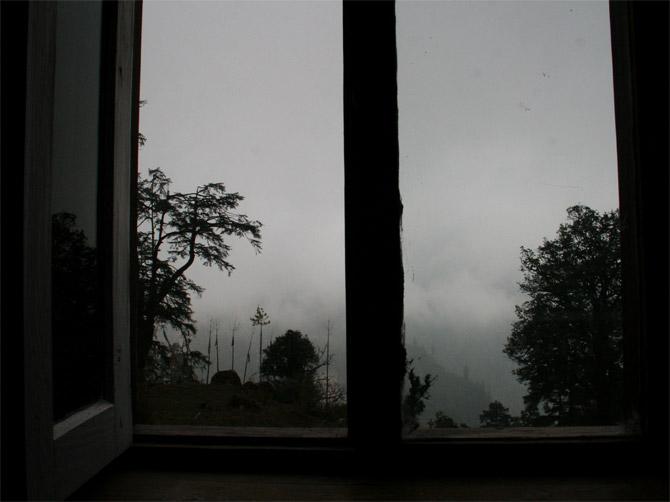 Вид из окна в Тиманге