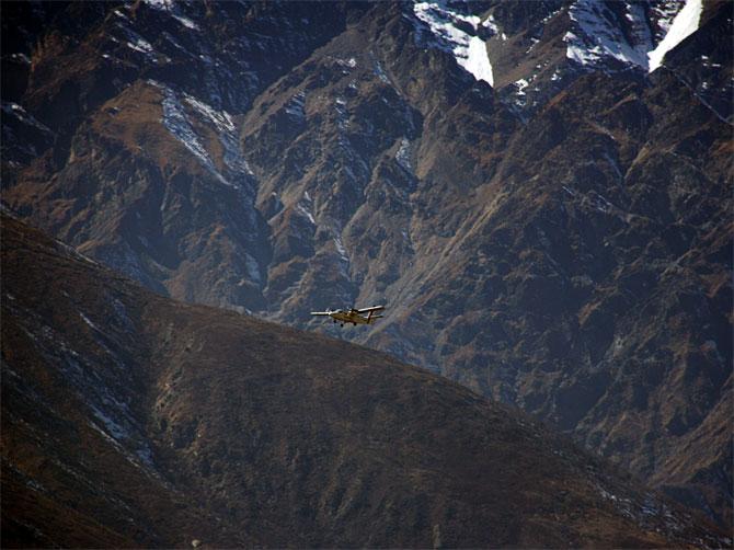 Самолет в Гималаях