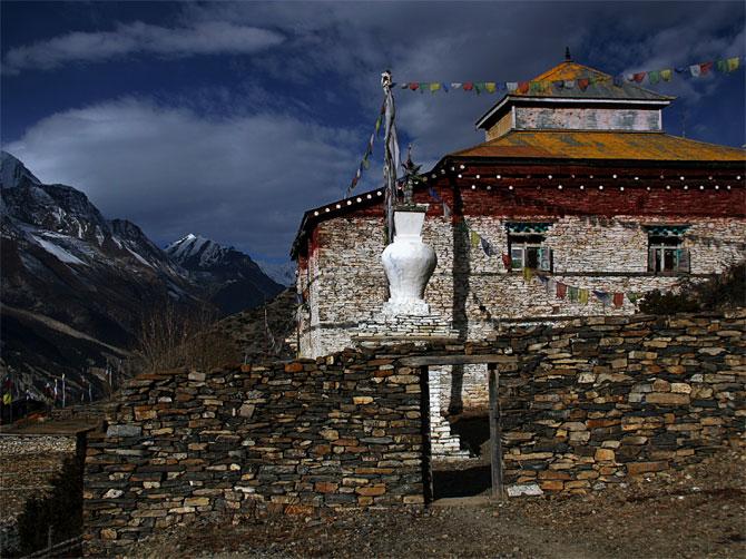 Монастырь в Навале