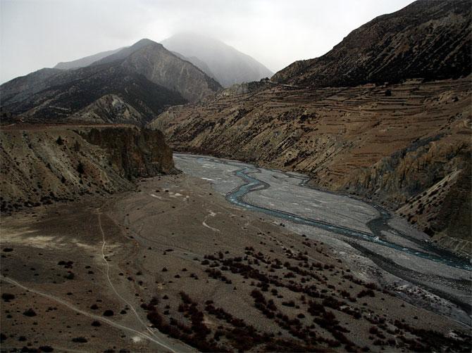 Русло реки возле Мананга