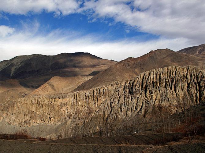 Пещеры в Гималаях