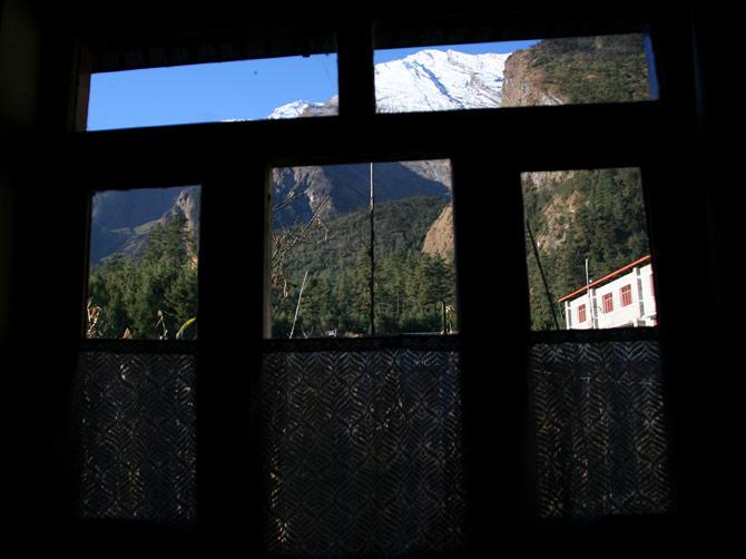 Вид из окна в Калапани