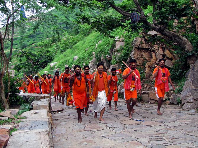 Индуистская процессия