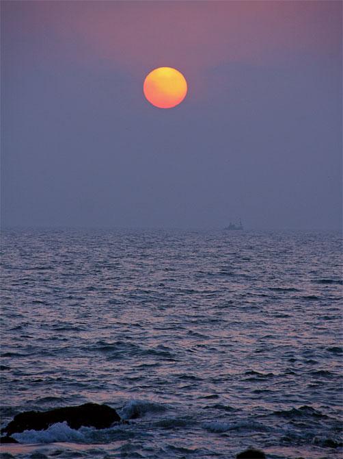 Солнце над морем