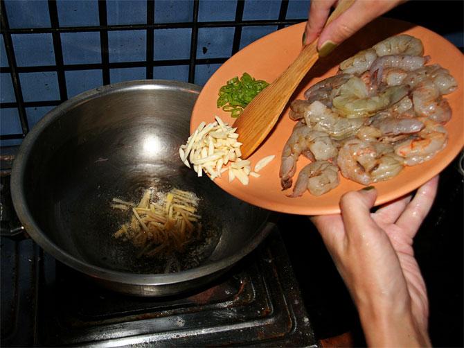 Рецепт жареного риса по-тайски - имбирь