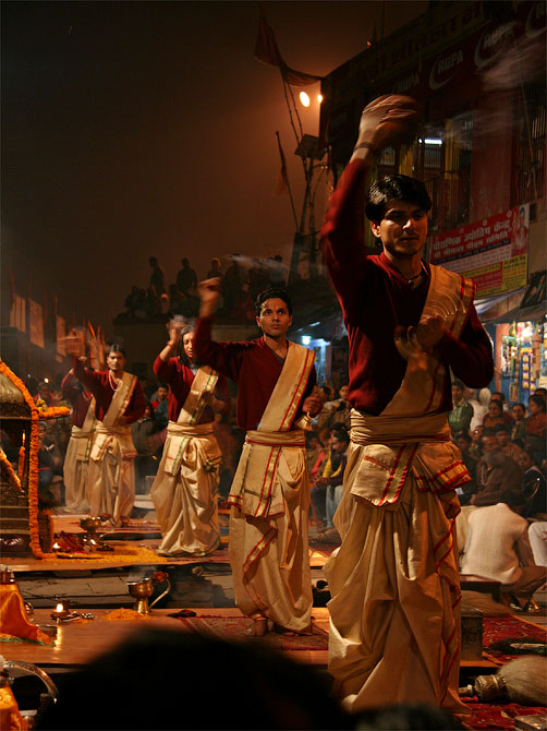 Церемония Ганга-аарти, Варанаси, Индия