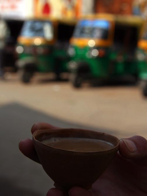 Чашка из необожженной глины, Варанаси, Индия