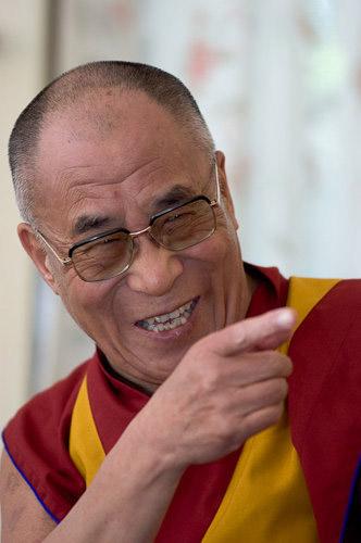 Смеющийся Далай-лама XIV Нгагванг Ловзанг Тэнцзин Гьямцхо