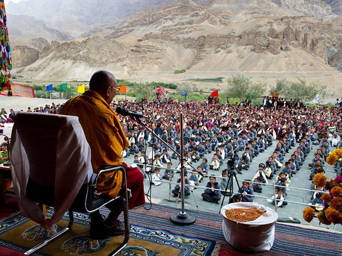 Далай-лама XIV на проповеди в Ладаке, Индия