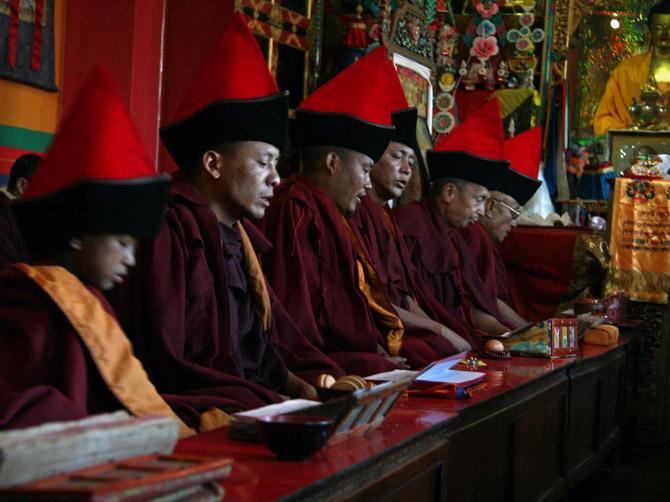 Буддистские монахи в Сваямбу, Катманду, Непал