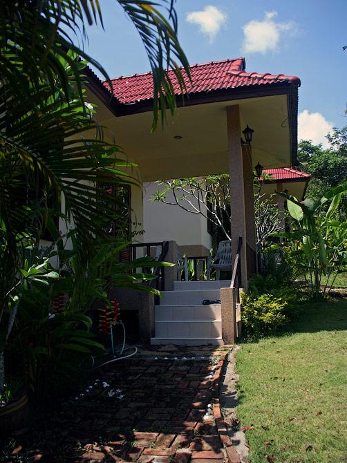 Веранде нашего дома в Ао Нанге