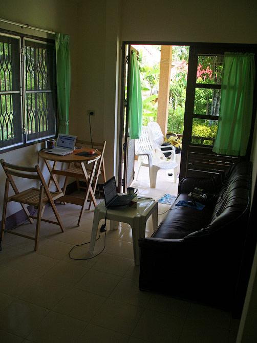 Рабочие места в нашем доме в Ао Нанге