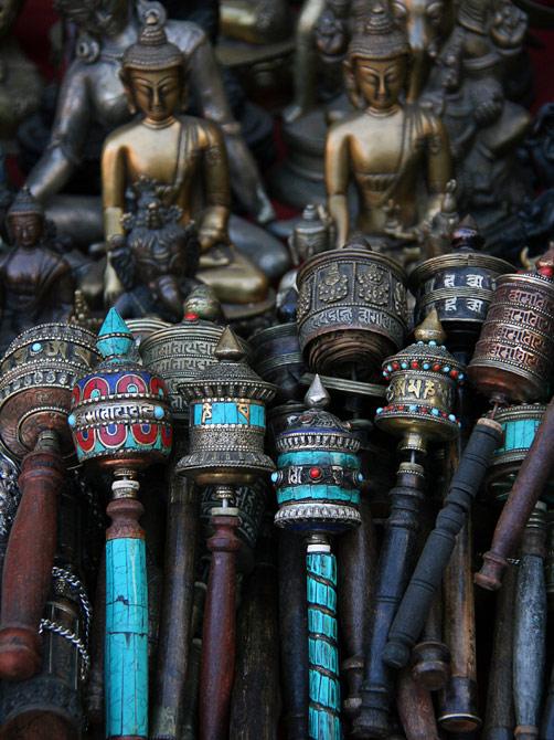 Буддистские молельные колеса, Катманду, Непал