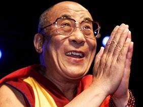 Фотографии и подборка цитат из разных интервью с Далай-ламой